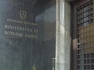 Apel na Vlado Republike Slovenije: Ustanovitev Urada za migracije