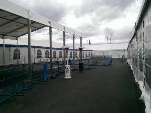 Poročilo o izrazitih spremembah v zvezi z obravnavo beguncev