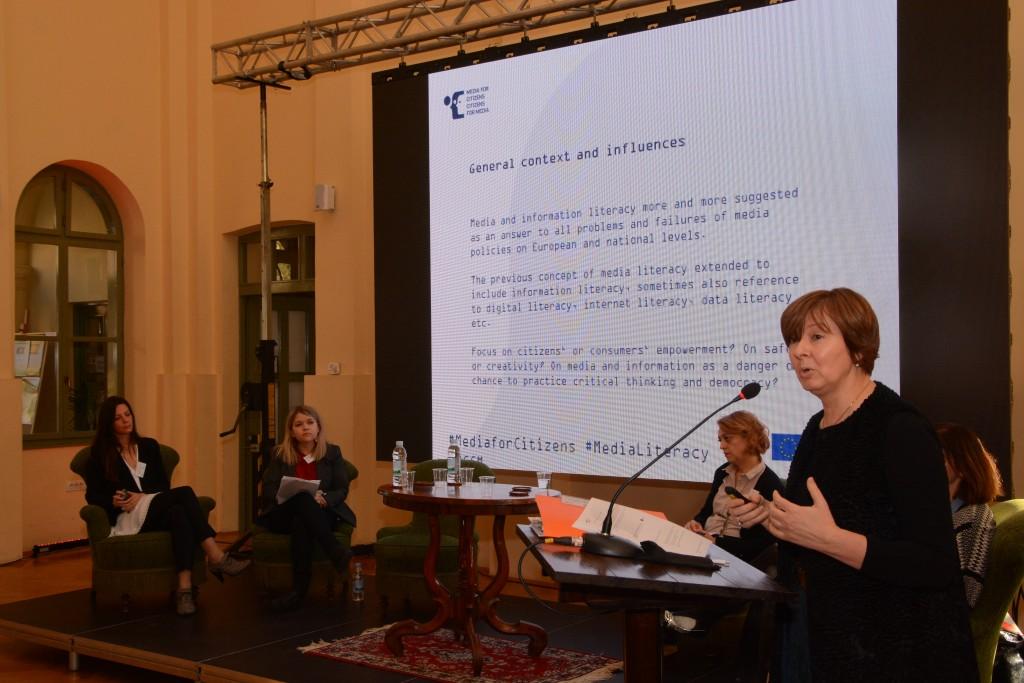 Regionalna koordinatorica raziskave Brankica Petković (Mirovni inštitut) predstavila primjerjalne regionalne ugotovitve