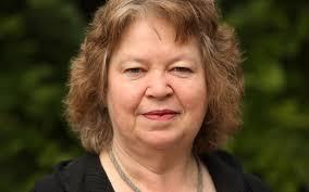Evropska poslanka Jean Lambert, članica Stranke zelenih (»the Green Party of England and Wales«).