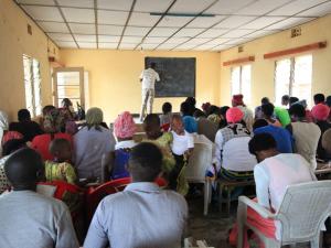 Za učenje nikoli ni prepozno – tečaj opismenjevanja v Ruandi