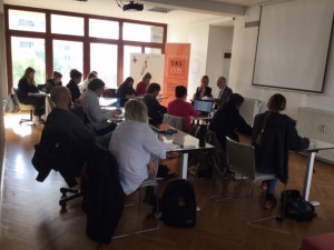 Uporaba pravnih in komunikacijskih sredstev pri odzivanju na napade na civilno družbo