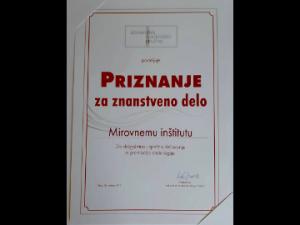 Mirovni inštitut je prejel priznanje za znanstveno delo