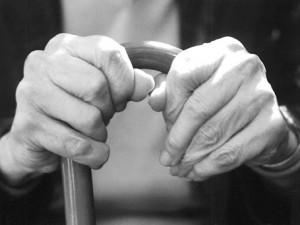 Omizje 'Dolgotrajna oskrba z vidika žensk'