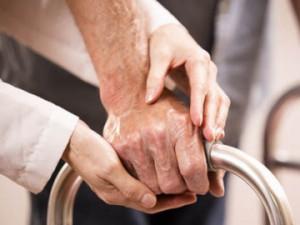Zahtevamo dober zakon o dolgotrajni oskrbi