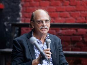 Intervju z ekonomistom Evanom Kraftom