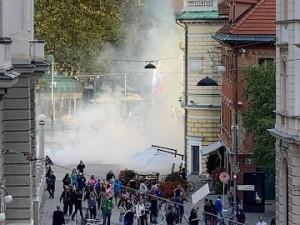 Pobuda: uporaba prisilnih sredstev policije na protestih 5. oktobra 2021 v Ljubljani